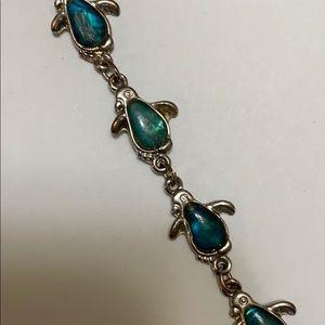 Jewelry - READ DESCRIPTION READ DESCRIPTION turtle bracelet